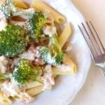 Tejszínes-brokkolis tészta