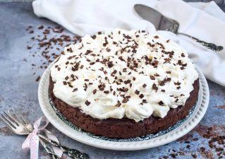 Csokoládés céklatorta vaníliás mascarponekrémmel