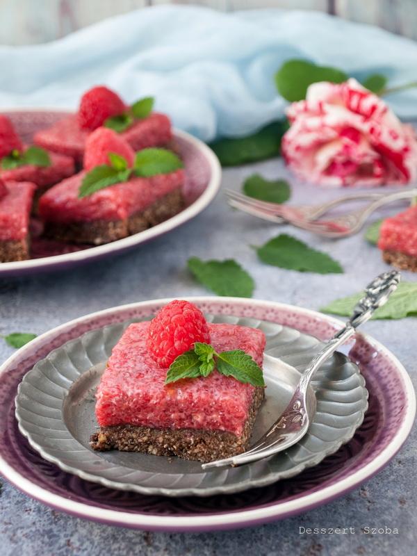 Málnakrémes paleo sütemény
