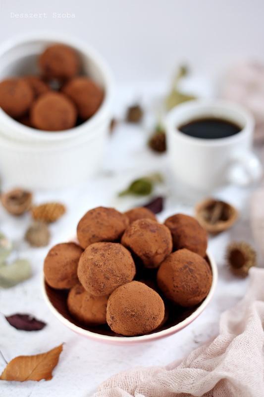 Kávés kekszgolyó