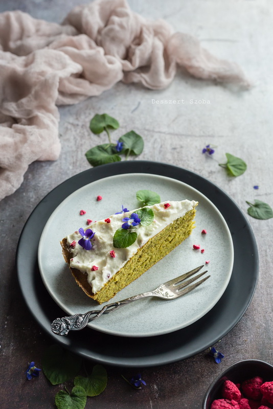 Matchateás sütemény